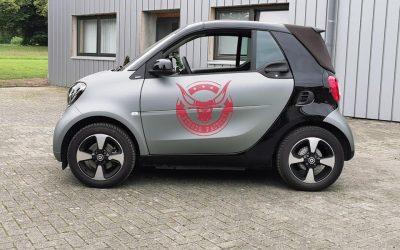 Smart-Fahrzeugbeschriftung-Vollfolierung.